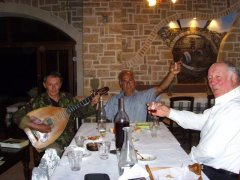 A musical evening with Lambros at the Aravanes taverna (Amar